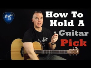 How-to-Hold-Your-Guitar-Pick-300x225 Free Online Guitar Lessons